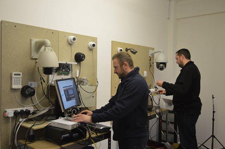آموزش نصب دوربين مدار بسته در كرج